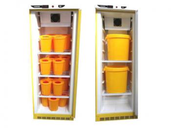 """Холодильник для хранения медицинских отходов класса """"Б"""" Саратов 502М-02 в комплекте с 2 баками"""